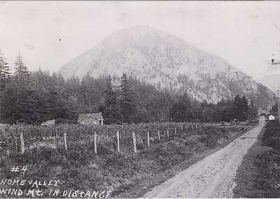 Home Valley, Washington showing Wind Mountain in the background